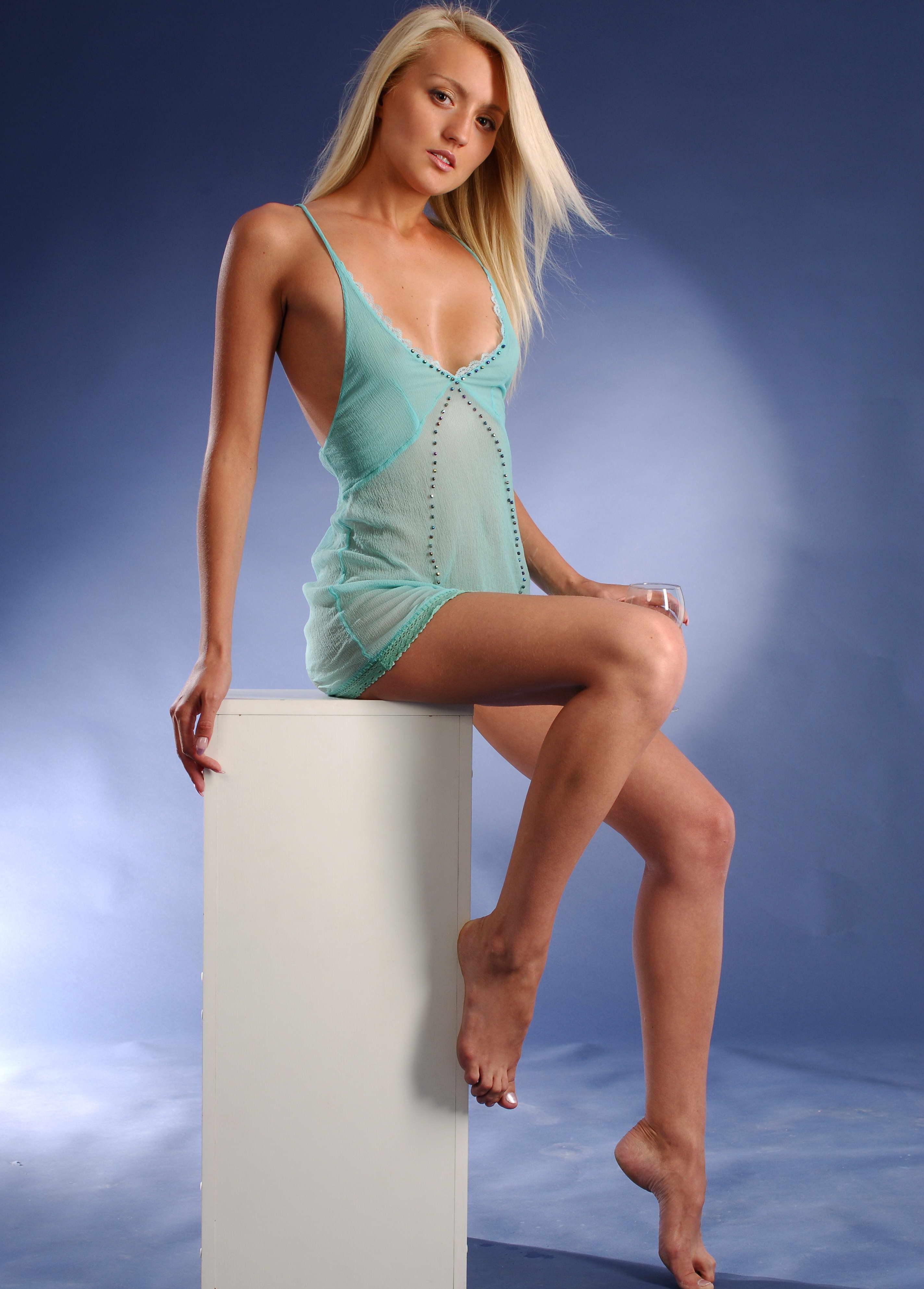 jung und sehr sexy blond